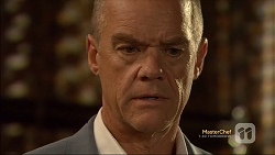 Paul Robinson in Neighbours Episode 7116