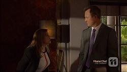 Terese Willis, Ezra Hanley in Neighbours Episode 7120