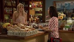 Amber Turner, Paige Novak in Neighbours Episode 7122