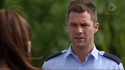Paige Novak, Mark Brennan in Neighbours Episode 7122