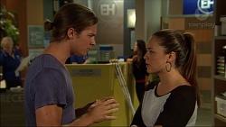 Tyler Brennan, Paige Novak in Neighbours Episode 7122