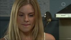 Amber Turner in Neighbours Episode 7122