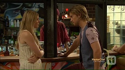 Amber Turner, Daniel Robinson in Neighbours Episode 7123