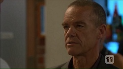 Paul Robinson in Neighbours Episode 7123