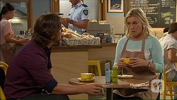 Brad Willis, Lauren Turner in Neighbours Episode 7124
