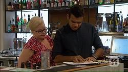 Sheila Canning, Nate Kinski in Neighbours Episode 7125