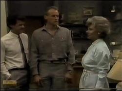 Paul Robinson, Jim Robinson, Helen Daniels in Neighbours Episode 0482