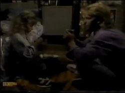 Charlene Mitchell, Scott Robinson in Neighbours Episode 0482