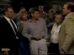 Harold Bishop, Madge Bishop, Jeremy Lord, Henry Ramsay, Rob Lewis, Ivan in Neighbours Episode 0482