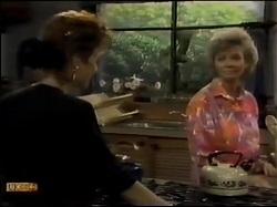 Gail Robinson, Helen Daniels in Neighbours Episode 0483