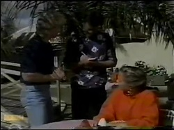 Henry Ramsay, Des Clarke, Sue Parker in Neighbours Episode 0484