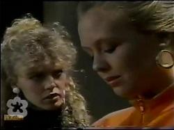 Charlene Mitchell, Sue Parker in Neighbours Episode 0484
