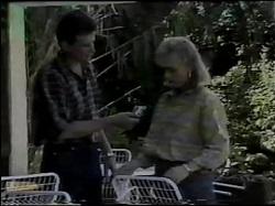 Des Clarke, Jane Harris in Neighbours Episode 0484