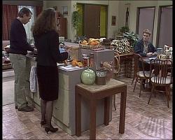 Doug Willis, Gaby Willis, Adam Willis in Neighbours Episode 1520