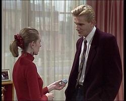 Melanie Pearson, Simon Hunter in Neighbours Episode 1520
