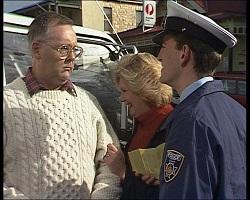 Harold Bishop, Madge Bishop, Police Officer in Neighbours Episode 1520