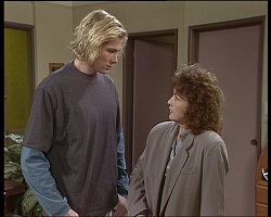 Brad Willis, Pam Willis in Neighbours Episode 1521