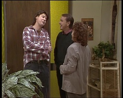Joe Mangel, Doug Willis, Pam Willis in Neighbours Episode 1521