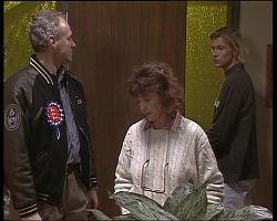 Jim Robinson, Pam Willis, Brad Willis in Neighbours Episode 1521
