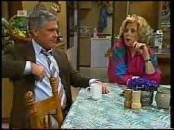 Lou Carpenter, Madge Bishop in Neighbours Episode 1720
