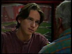 Darren Stark, Lou Carpenter in Neighbours Episode 3041