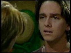 Libby Kennedy, Darren Stark in Neighbours Episode 3041
