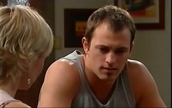 Sindi Watts, Stuart Parker in Neighbours Episode 4664