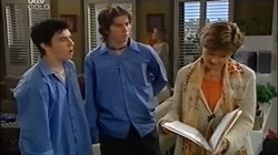 Stingray Timmins, Dylan Timmins, Susan Kennedy in Neighbours Episode 4666