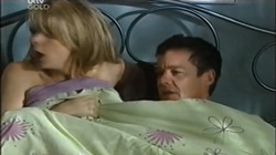 Izzy Hoyland, Paul Robinson in Neighbours Episode 4667