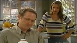 Max Hoyland, Steph Scully in Neighbours Episode 4669