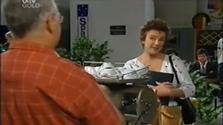 Harold Bishop, Lyn Scully in Neighbours Episode 4669