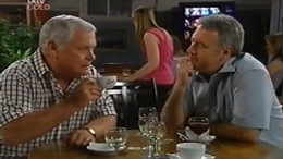 Lou Carpenter, Gino Esposito in Neighbours Episode 4670