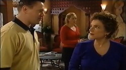Andy Tanner, Janelle Timmins, Lyn Scully in Neighbours Episode 4673