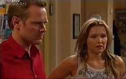 Max Hoyland, Steph Scully in Neighbours Episode 4701