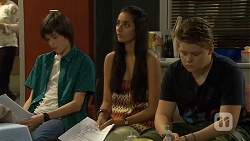 Bailey Turner, Rani Kapoor, Callum Jones in Neighbours Episode 6672