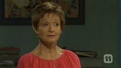 Susan Kennedy in Neighbours Episode 6672