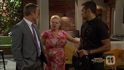 Ezra Hanley, Sheila Canning, Nate Kinski in Neighbours Episode 7128