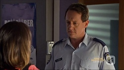 Imogen Willis, Const. Ian McKay in Neighbours Episode 7128