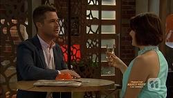 Mark Brennan, Naomi Canning in Neighbours Episode 7129