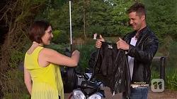 Naomi Canning, Mark Brennan in Neighbours Episode 7129