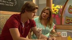 Clem Hanley, Terese Willis in Neighbours Episode 7129