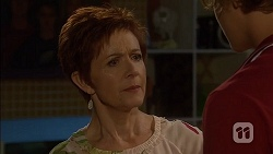 Susan Kennedy, Clem Hanley in Neighbours Episode 7129