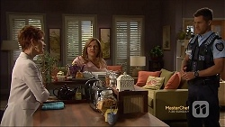 Susan Kennedy, Terese Willis, Mark Brennan in Neighbours Episode 7130
