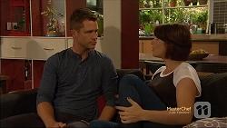 Mark Brennan, Naomi Canning in Neighbours Episode 7131