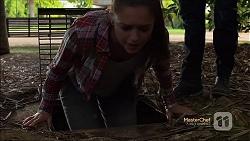 Paige Novak in Neighbours Episode 7131