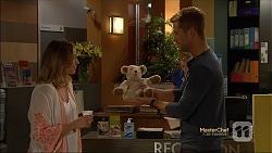 Sonya Mitchell, Mark Brennan in Neighbours Episode 7131