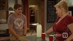 Kyle Canning, Sheila Canning in Neighbours Episode 7133