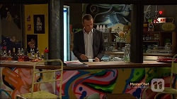 Paul Robinson in Neighbours Episode 7134