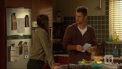 Paige Novak, Mark Brennan in Neighbours Episode 7136