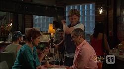 Susan Kennedy, Daniel Robinson, Karl Kennedy in Neighbours Episode 7136
